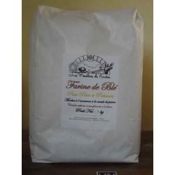 Farine de blé tendre en sac...